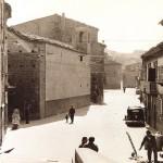Piazza Città dell'Aquila ex Corso Umberto I. Vista da Via Roma. Anni 30